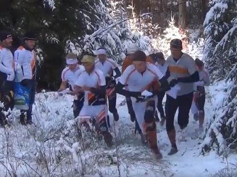Raskt tog team auf dem Weg zur Jukola 2018